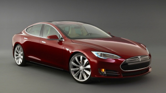 Tesla's Model S Electric Sedan Named Car of the Year by Motor Trend